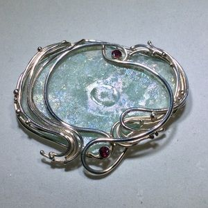 Jewelry - Ancient glass Sterling pendant